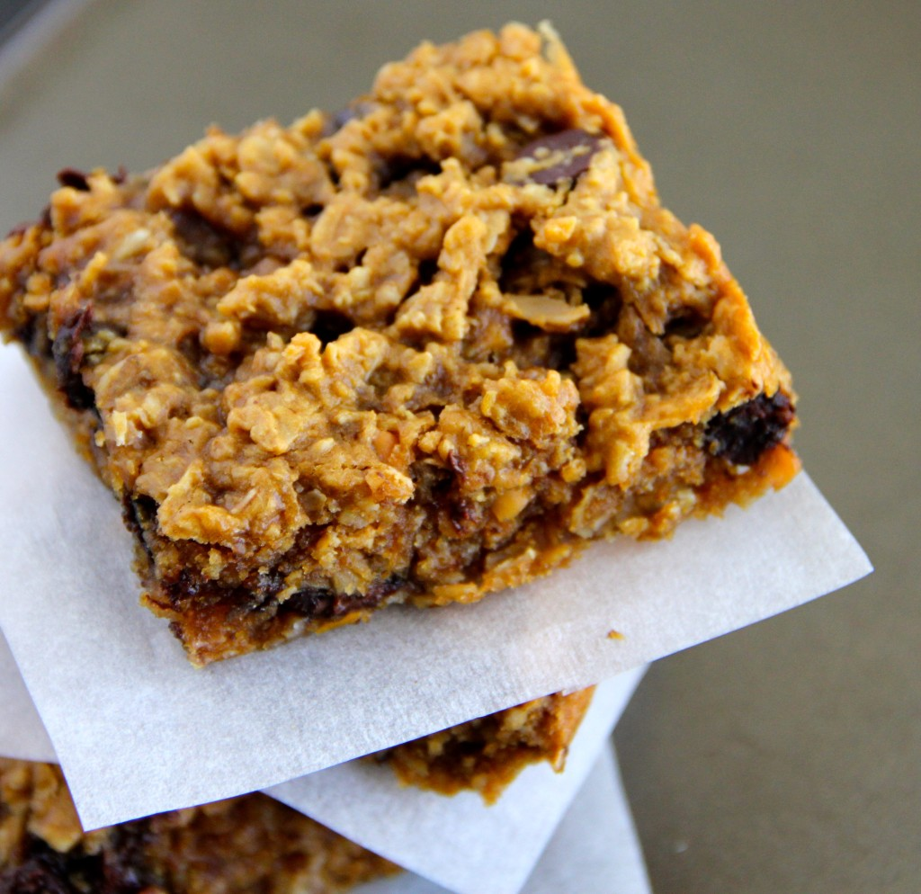 Peanut Butter Chocolate Chunk Oat Bars- Emma's Little Kitchen